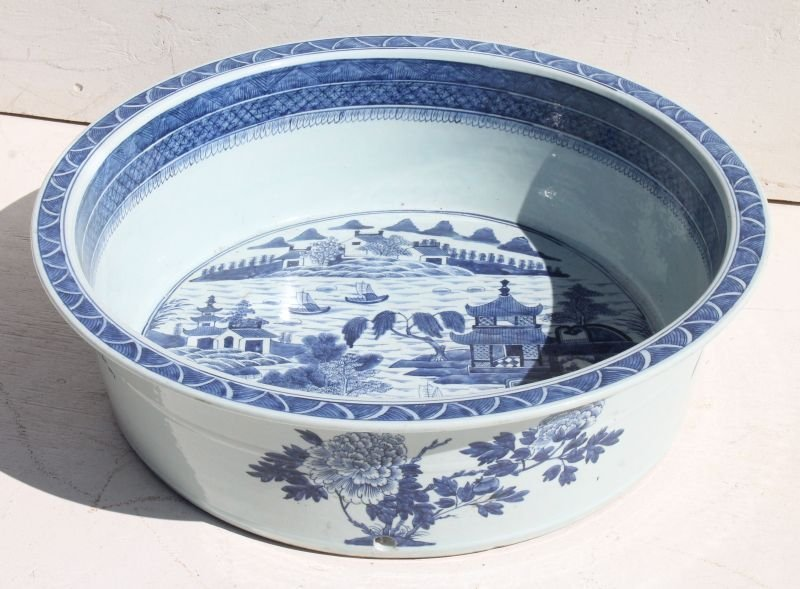 fabulous & rare ca early to mid 19thC Canton blue &