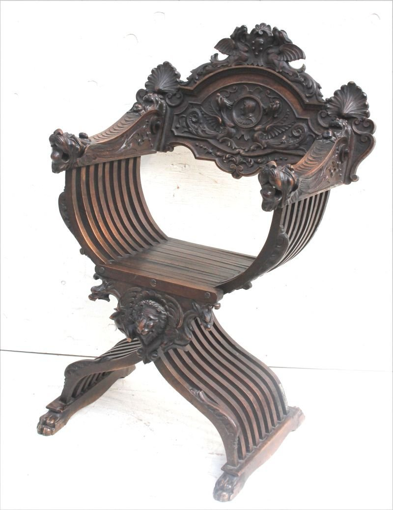Wonderful highly carved 19thC Savanarola chair - one of
