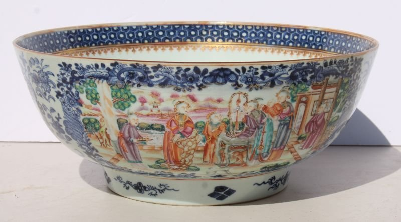 "large 18thC Chinese porcelain bowl - 13"" diam x 5 1/4"""