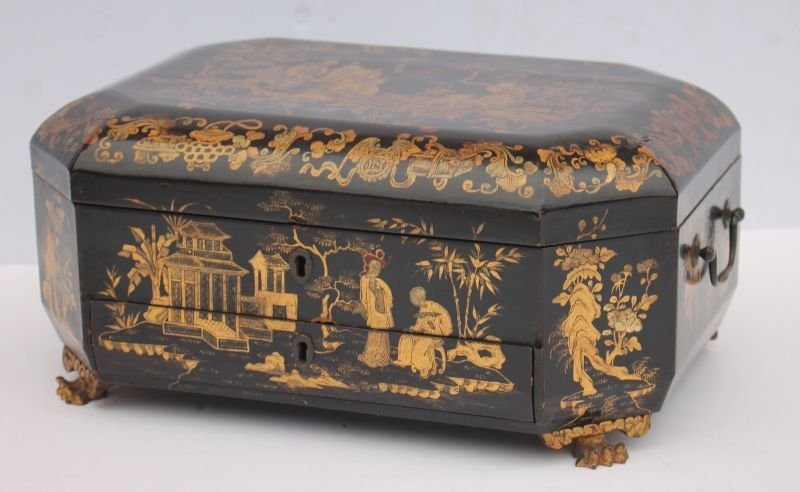 Fine 19thC Chinese Export lacquer sewing box w gilded