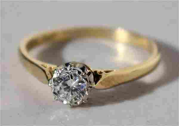 Beautiful 14k gold diamond solitaire ring w .5ct