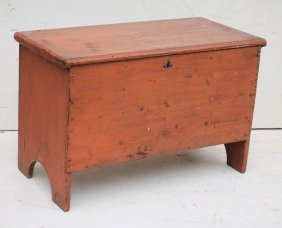Wonderful 18thc State Of Maine Child's Blanket Chest In