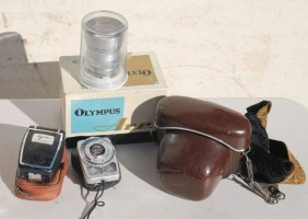 Camera Lot Incl 2 Olympus Cameras & A Schneile