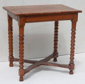 Fine Form Very Early Ca 1720 Pine & Maple X Base Tavern