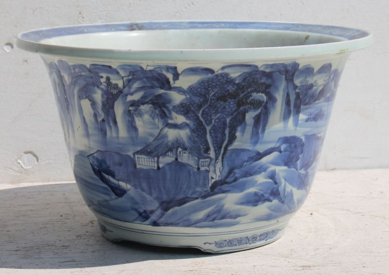 Chinese blue & white porcelain ftd planter from the