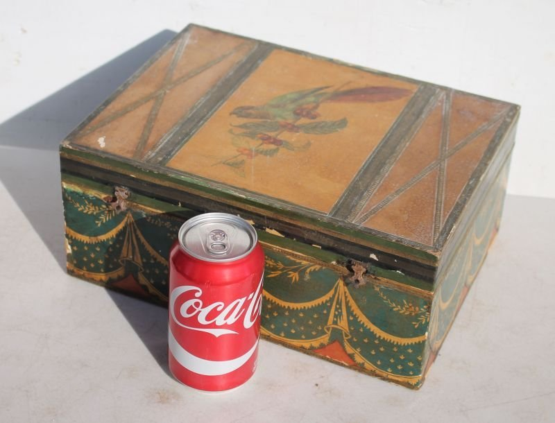 19thC jewelry box w fitted interior featuring all over - 3