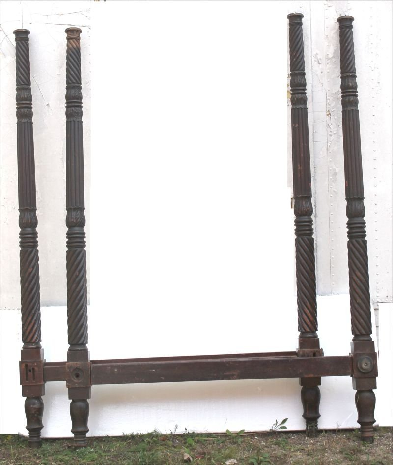 Period Sheraton ca 1800 NYC carved mahog tall post bed