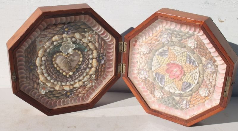 Spectacular Sailor's Valentine in octagonal box which