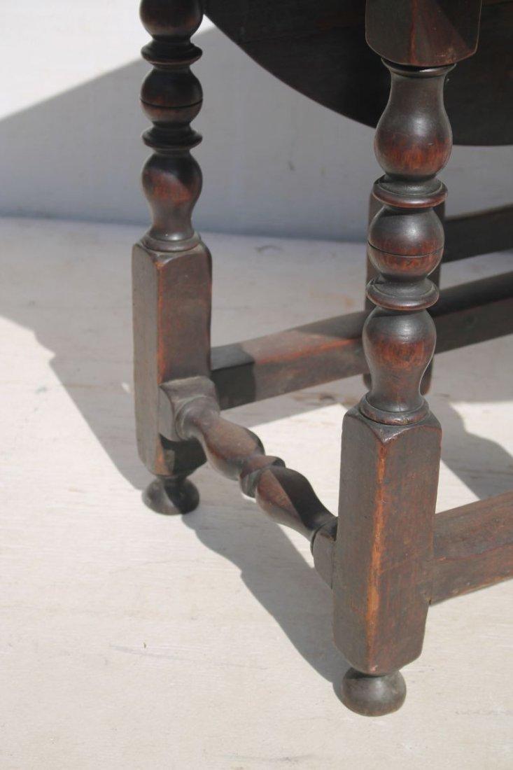 ca 1750 PA walnut gateleg table w bold turnings & orig - 2