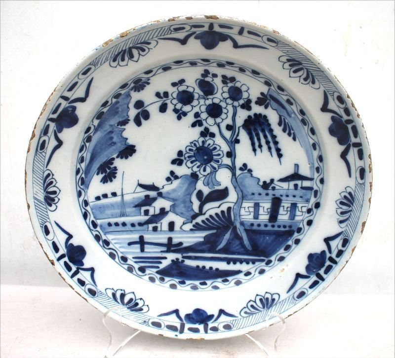 "18thC Dutch Delft blue & white deep dish - 12"" diam x"