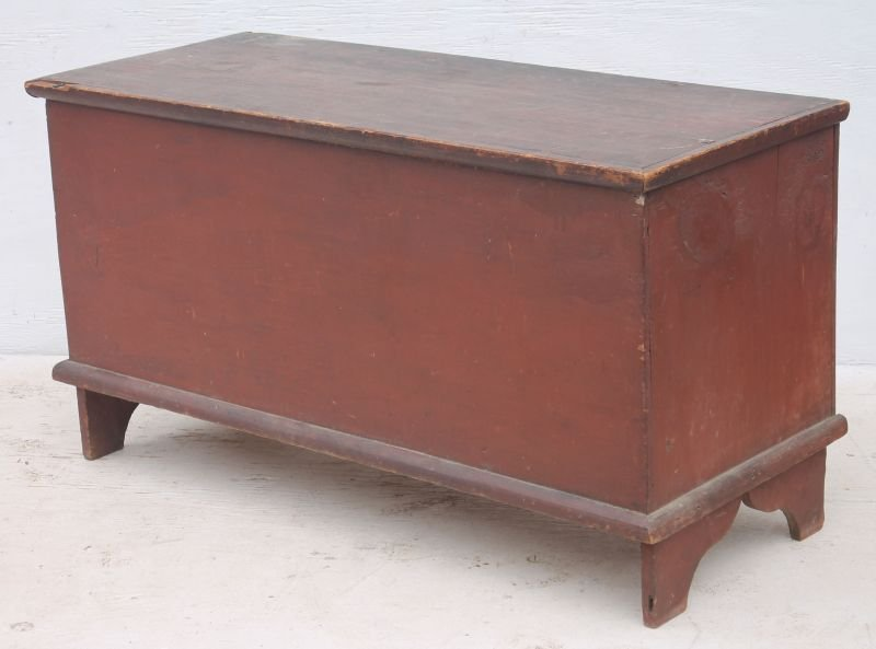 QA period ca 1730 CT pine blanket chest in orig red
