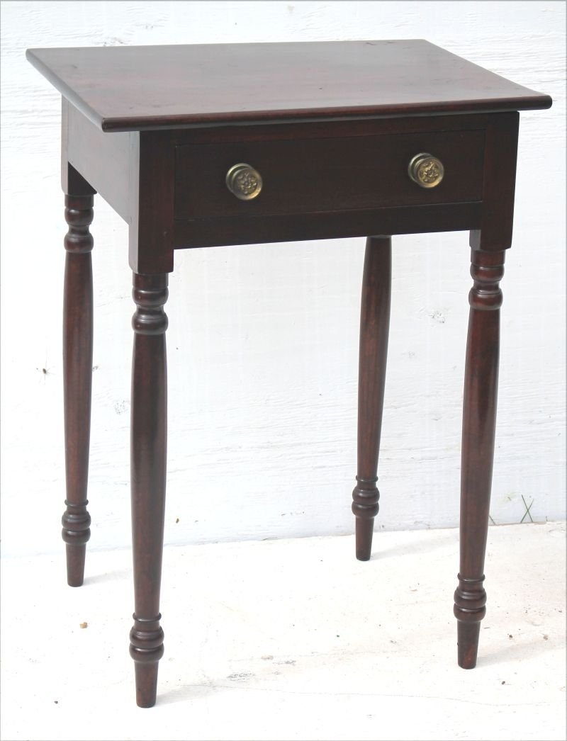 Early 19thC Sheraton mahog 1 drawer stand w turned legs