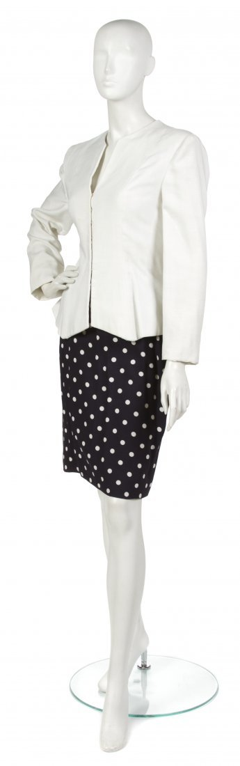 6: 6: A Pauline Trigere Navy and Cream Linen Skirt Suit