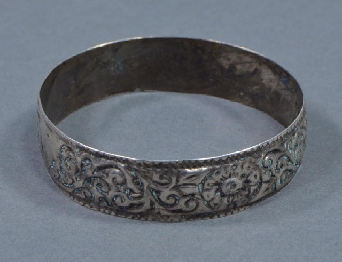 Two North African Silver Cuff Bracelets - 2