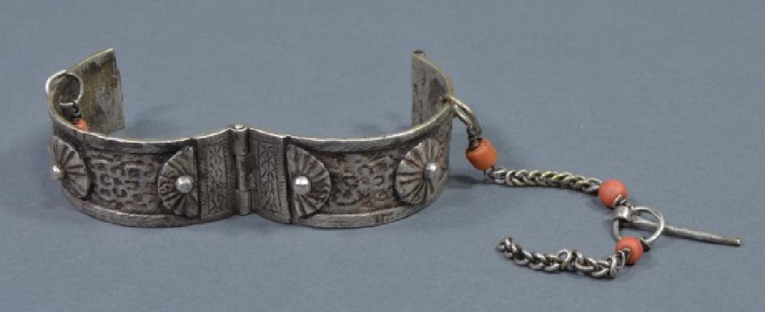Two North African Silver Cuff Bracelets - 4