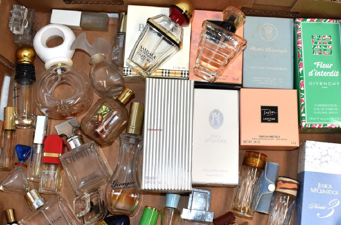 100 plus Collection of Perfumes, Bottles and Boxes - 6