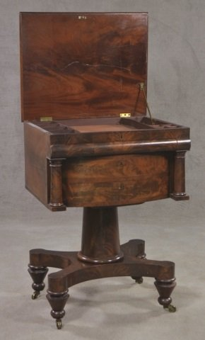 Mahogany Classical Style Writing Desk - 3