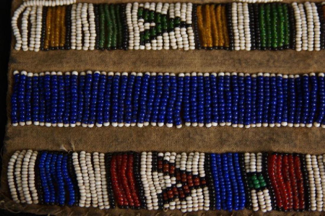 Beaded Native American tobacco bag - 8