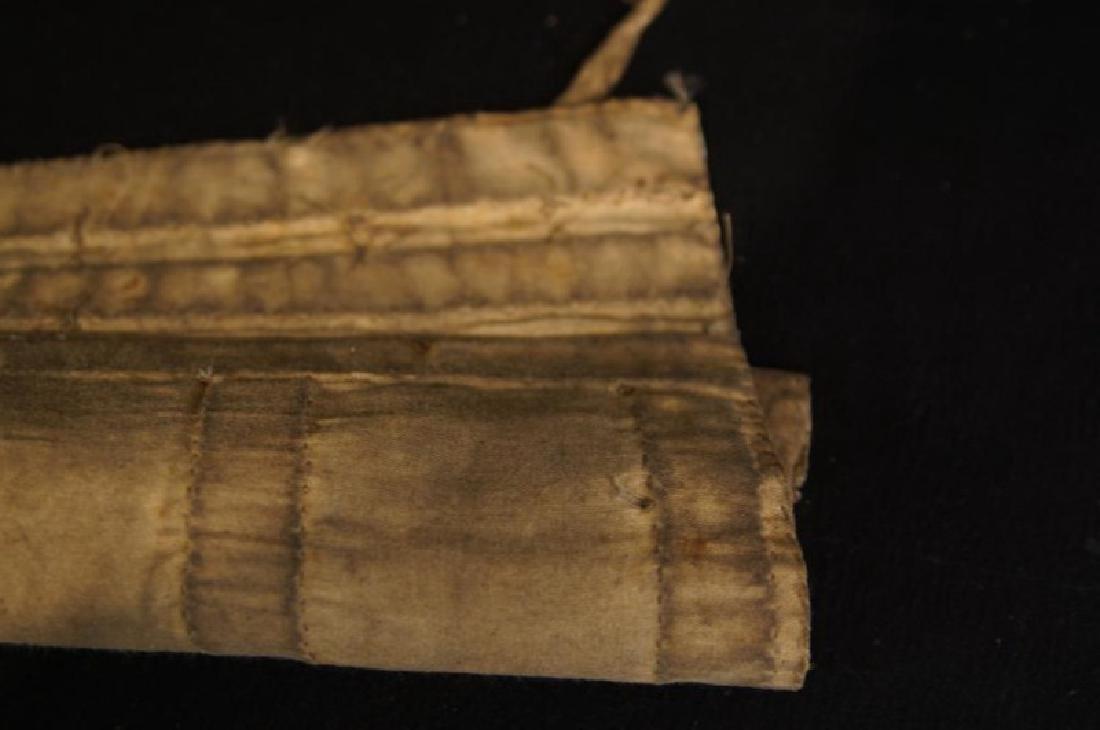 Beaded Native American tobacco bag - 9