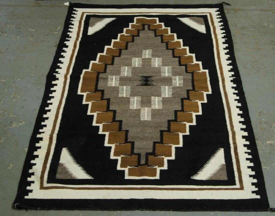 Navajo rug - Two Grey Hills