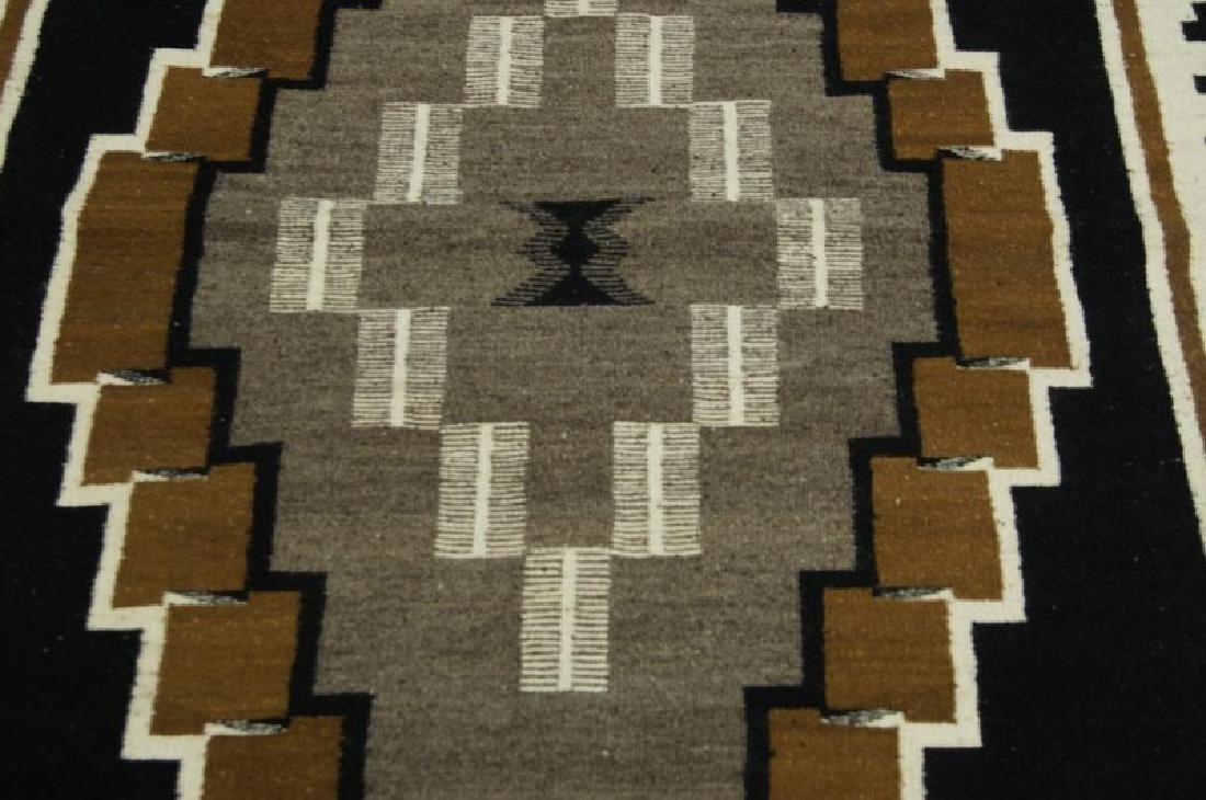 Navajo rug - Two Grey Hills - 4