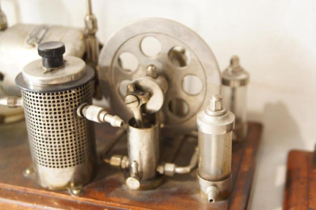 Two antique quack medical devices - 7