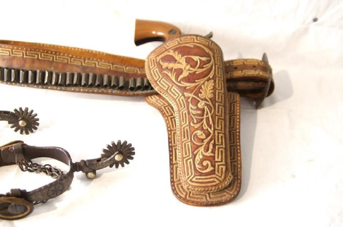 Western Gun Belt, Spurs and Replica Colt Lightning - 4