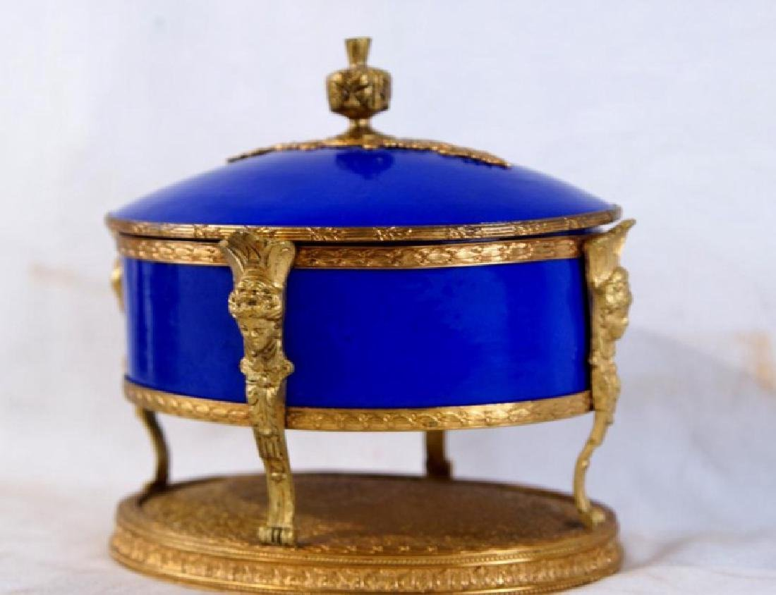 French Cobalt Porcelain & Bronze jewelry box - 2