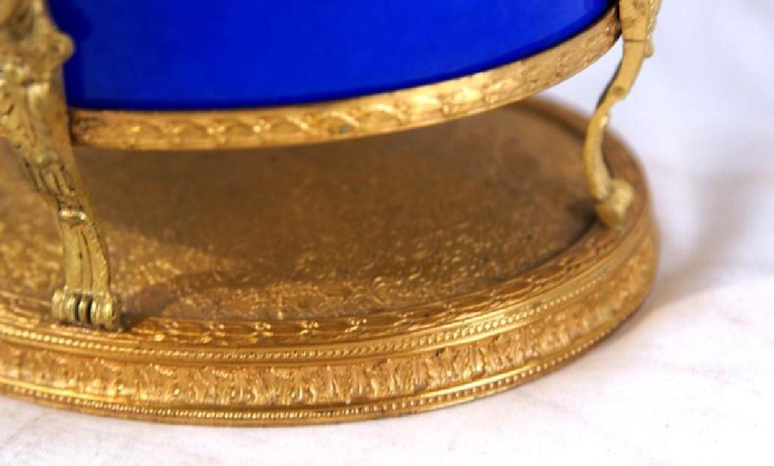 French Cobalt Porcelain & Bronze jewelry box - 5