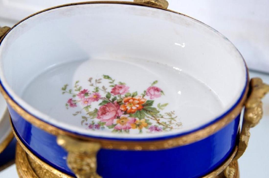 French Cobalt Porcelain & Bronze jewelry box - 7