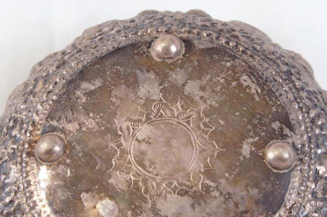 Silver bowl w figures - 9