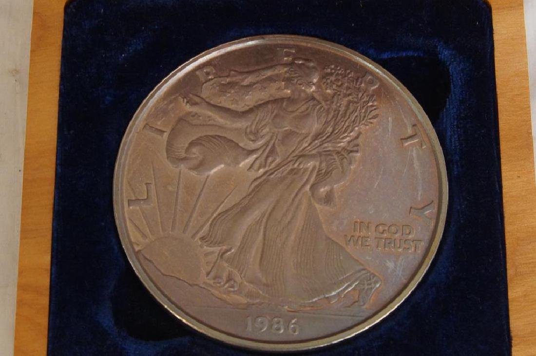 Cased Walking Liberty Eagle 1 Pound Coin