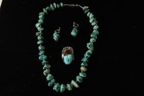 Native Am. Raw Turquoise necklace & earrings