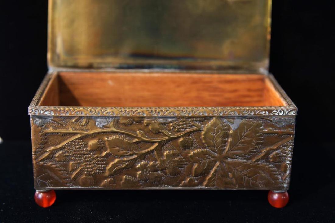 Fine Chinese bronze & Jade jewelry box - 4