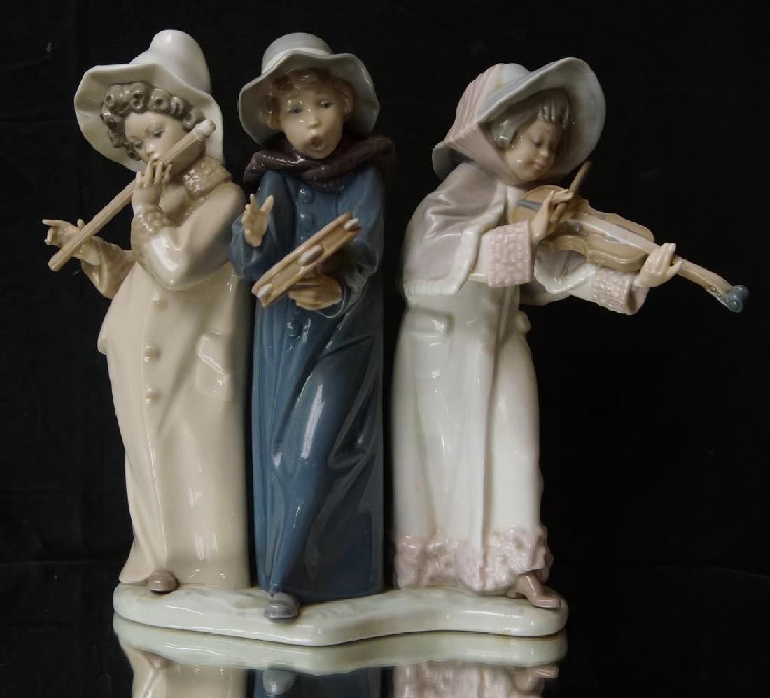 """Lladro statue 9.5"""" x 11"""" x 5.5"""" - 2"""