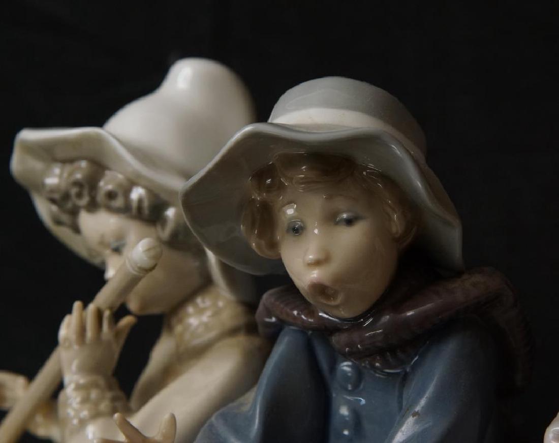 """Lladro statue 9.5"""" x 11"""" x 5.5"""" - 3"""