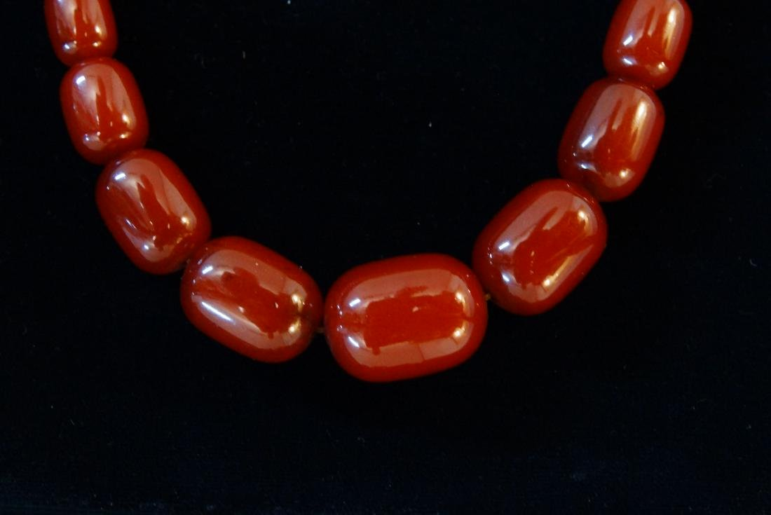 Chinese Carnelian beaded and graduated necklace - 3