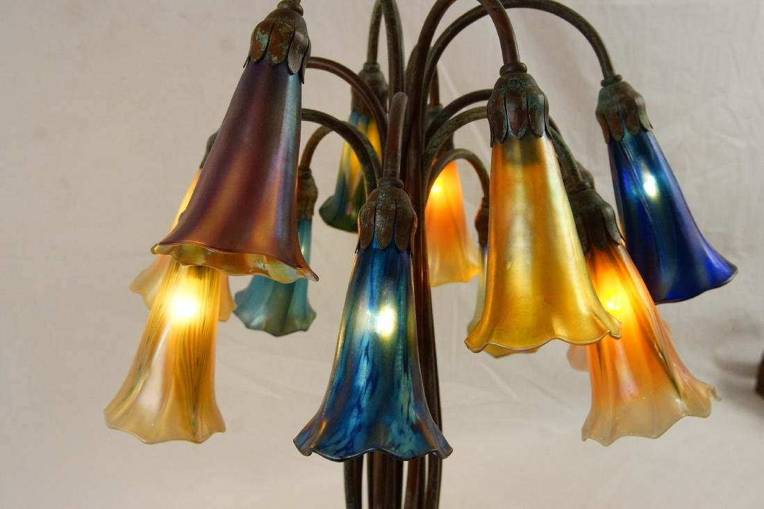 Tiffany style 12-light lily desk lamp - 9