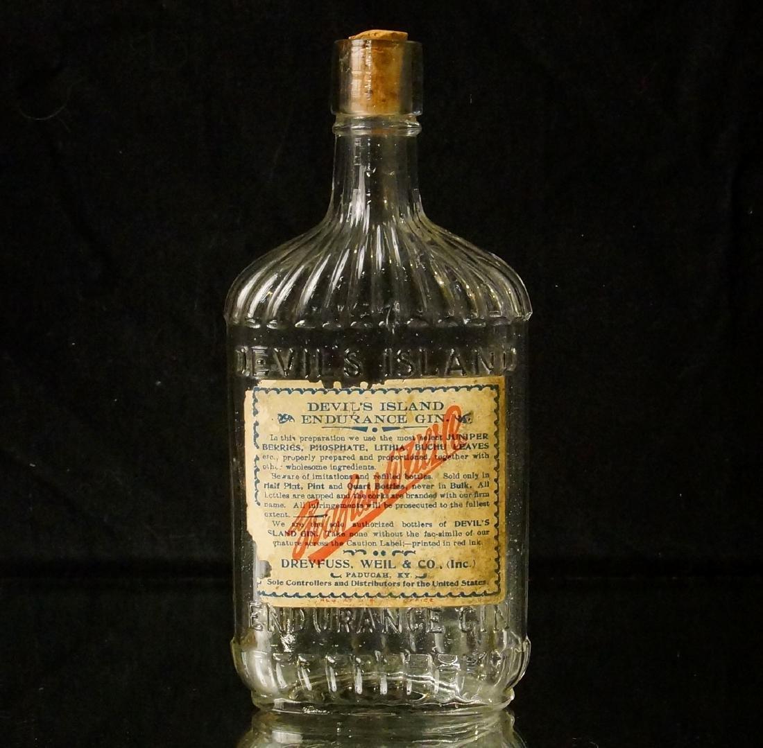 Devils' Island 1890 gin Bottle