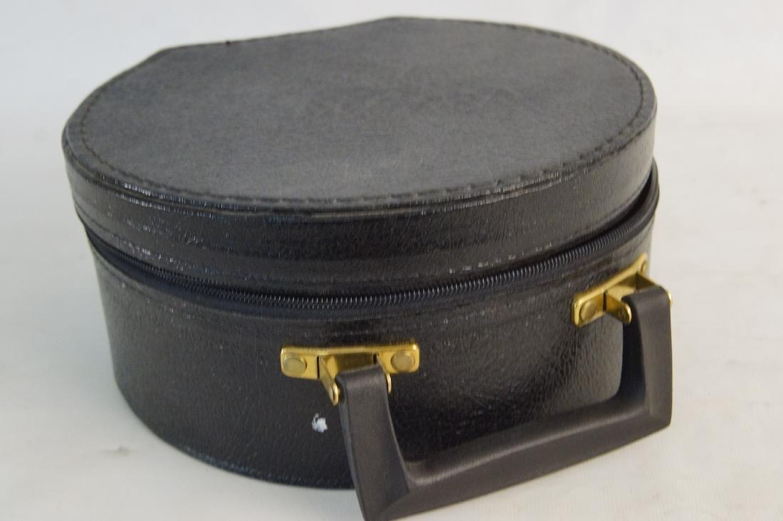 Fancy felt gold round hat -- hat case - 5