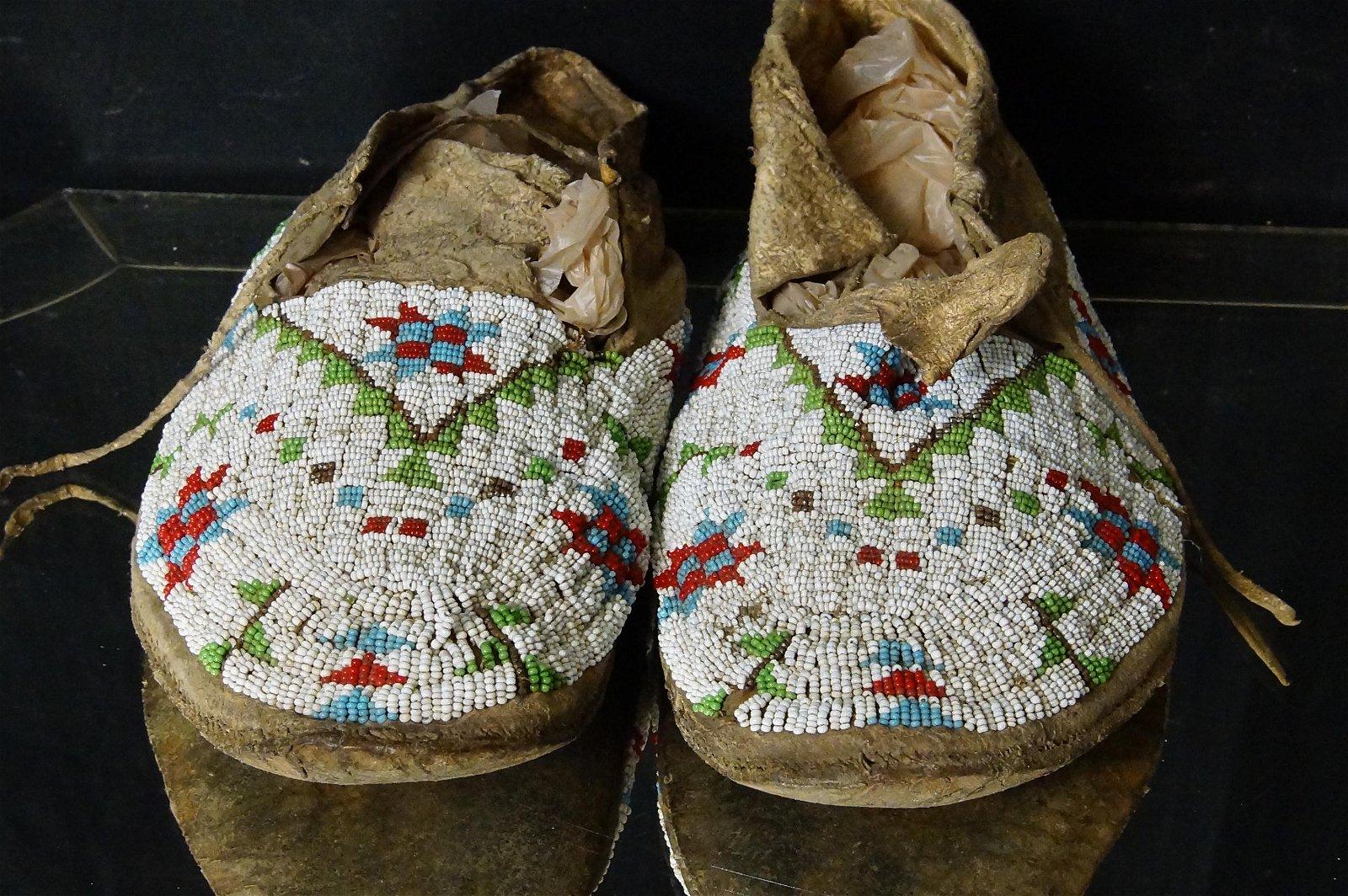 Antique Sioux beaded moccasins circa 1900