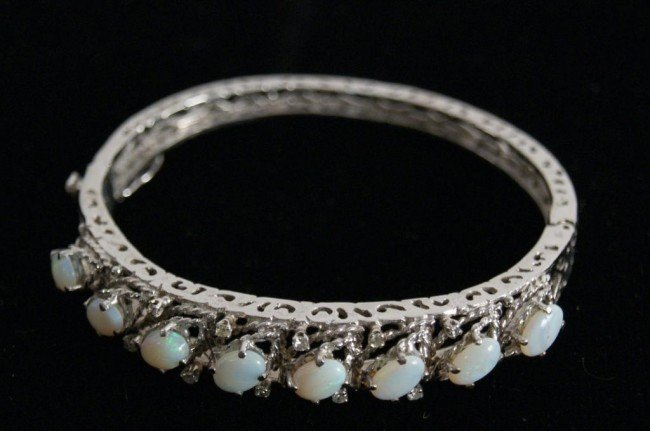 4: Filigree Opals (8)  & diamonds white gold bracelet (