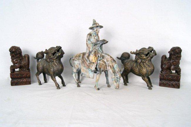 13: Oriental Foo Dogs & Horseman 5pcs.