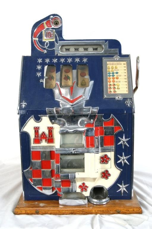 210A: Mills vintage Castle Front 10c slot machine