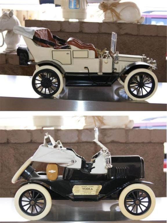 1: Chevy & Olds antique car models - decanters