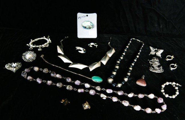 24: lot  jewelry, Silver & more +++
