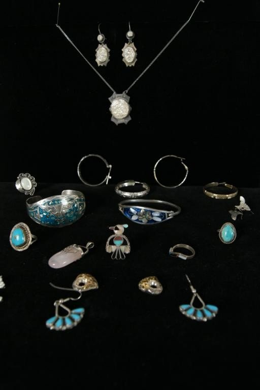 10: Misc. silver & Native American turquoise jewelry -
