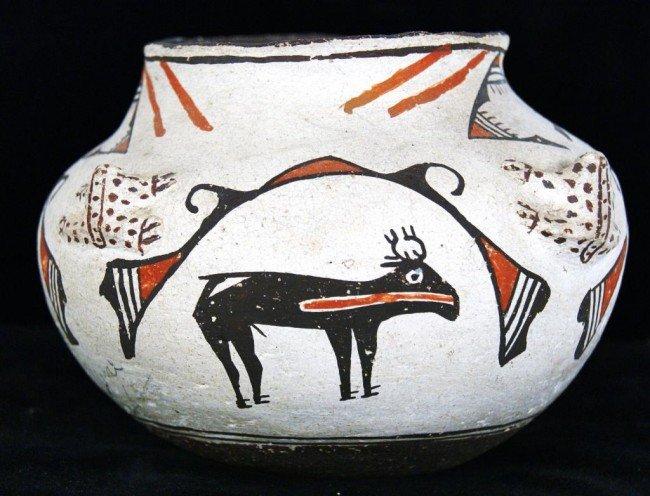 "192: 1900-1910. 7"" Zuni pot - Polychrome deer & frogs w"