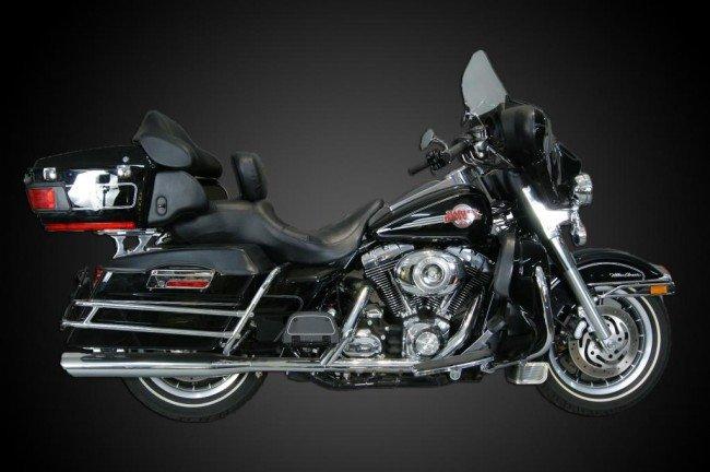 200: 2007 Harley Davidson Touring bike w 16,655 miles M