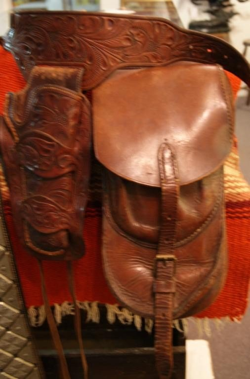 17: Pair of Saddlebags & H.H. Heiser holster